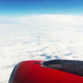Neun Dinge, die auf deinem Langstreckenflug nicht fehlen sollten