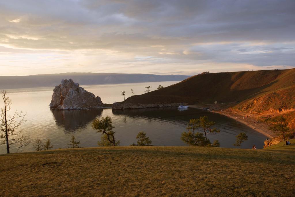 Sonnenuntergang Beikal Baikalsee Russland mit Kind