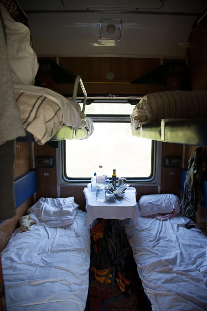 zweite Klasse Abteil, Reisebericht Transsibirische Eisenbahn mit Kind