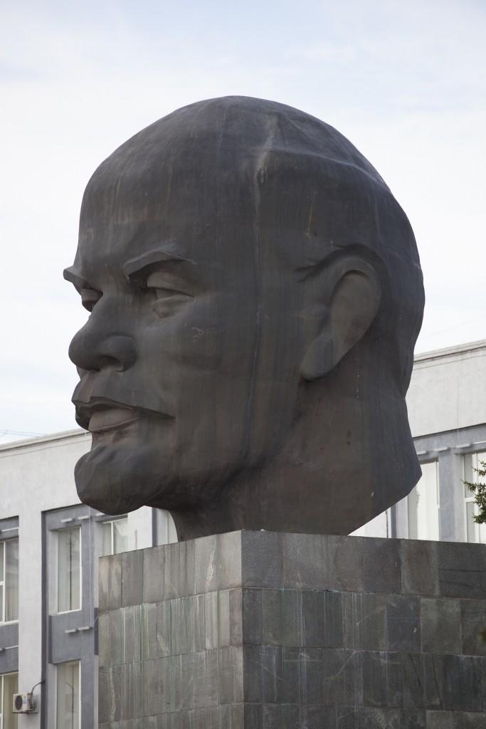 Lenin-Monument in Ulan Ude, Reisebericht Transsibirische Eisenbahn mit Kind