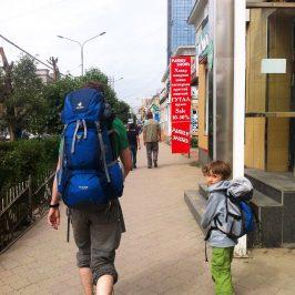 Wandern mit Kindern – Welcher Rucksack ist der Richtige für mein Kind