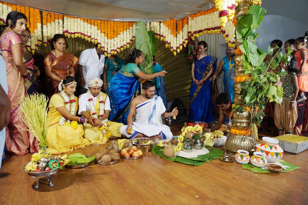 Indische Hochzeit Kleidung