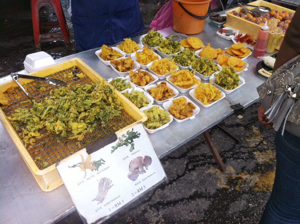 cameron-highlands-malaysia-mit-Kind-streetfood