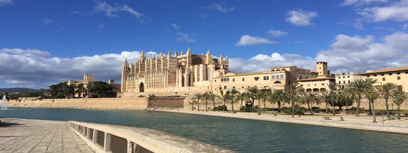 Mallorca – Was ein verlängertes Wochenende in Valldemossa mit Kind kostet und was wir unternommen haben.