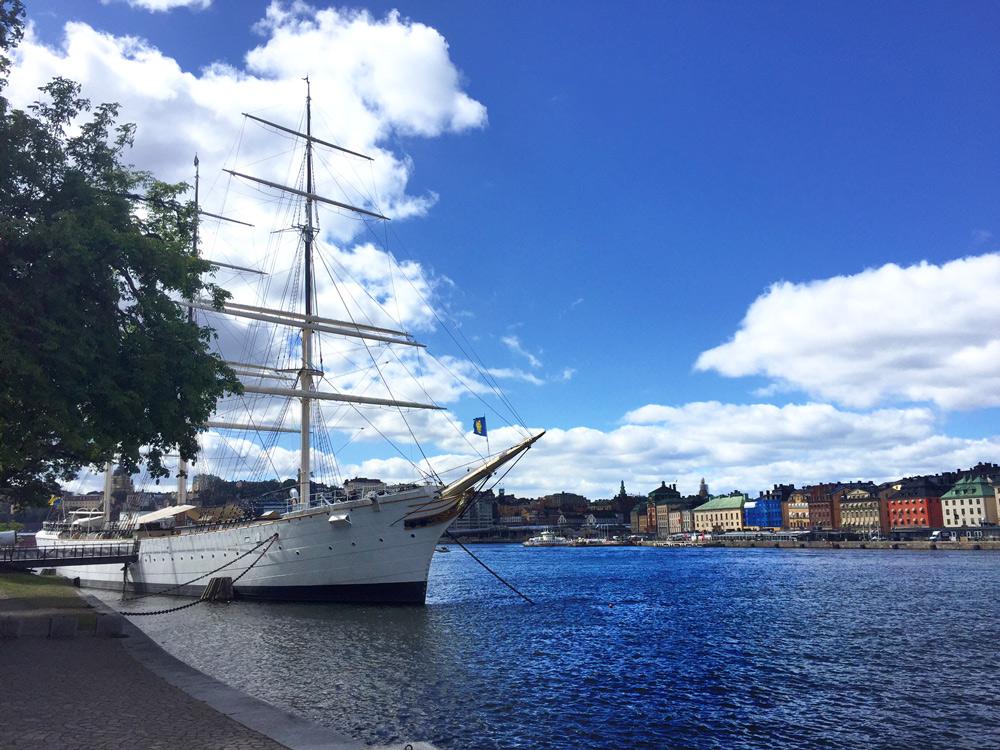 Stockholm-mit-Kindern-Hostel-Segelboot
