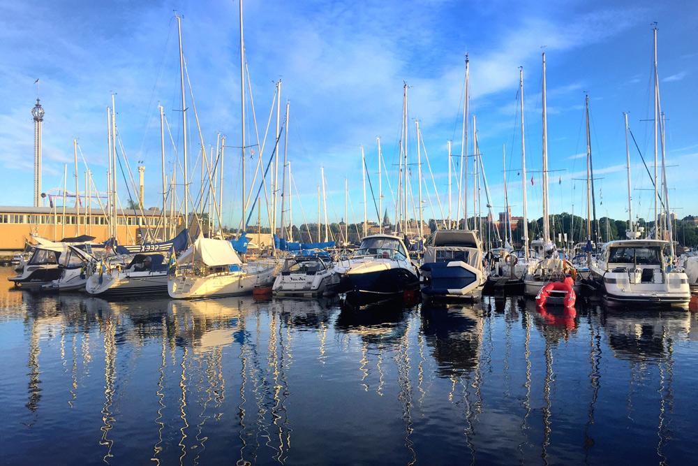 Stockholm-mit-Kindern-Segelboote