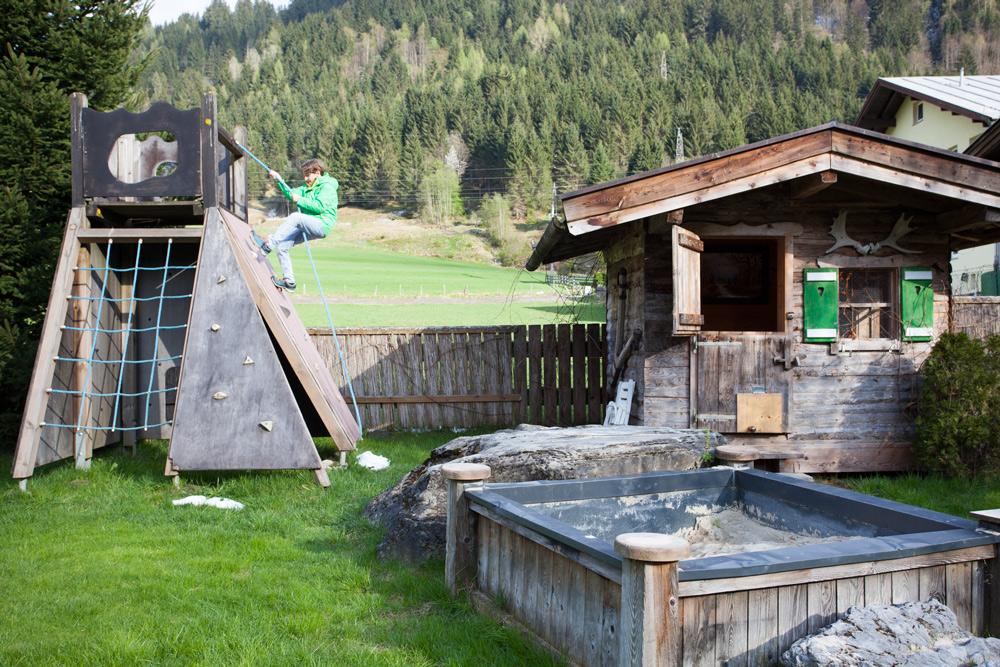 Ausflugstipps Kaprun Zell am See mit Kindern Urlaub Österreich Übernachten Kaprun Schneesicheres Skigebiet Kitzsteinhorn wandern Käfertal Ferleiten Wildpark Hotel das Falkenstein. Skihotel Sporthotel Familien Hotel