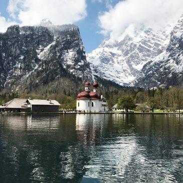 Bootfahren und Wandern am Königssee und Obersee in Bayern mit Kind