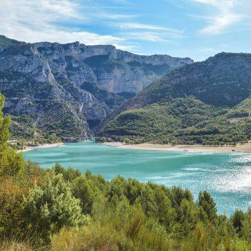Familien-Campingurlaub in der Provence – Mit Elan Sportreisen am Lac de Sainte-Croix