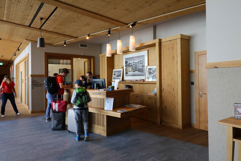 Milchsee Frutt Family Lodge Hotel Melchsee. Angeln, Mountainbike fahren, Wandern Melchsee. Urlaub Schweiz mit Kind. Milchsee mit Kind Familienurlaub Hotel.