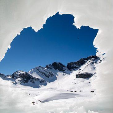 Die besten schneesichere Skigebiete im Dezember und familienfreundliche Hotels