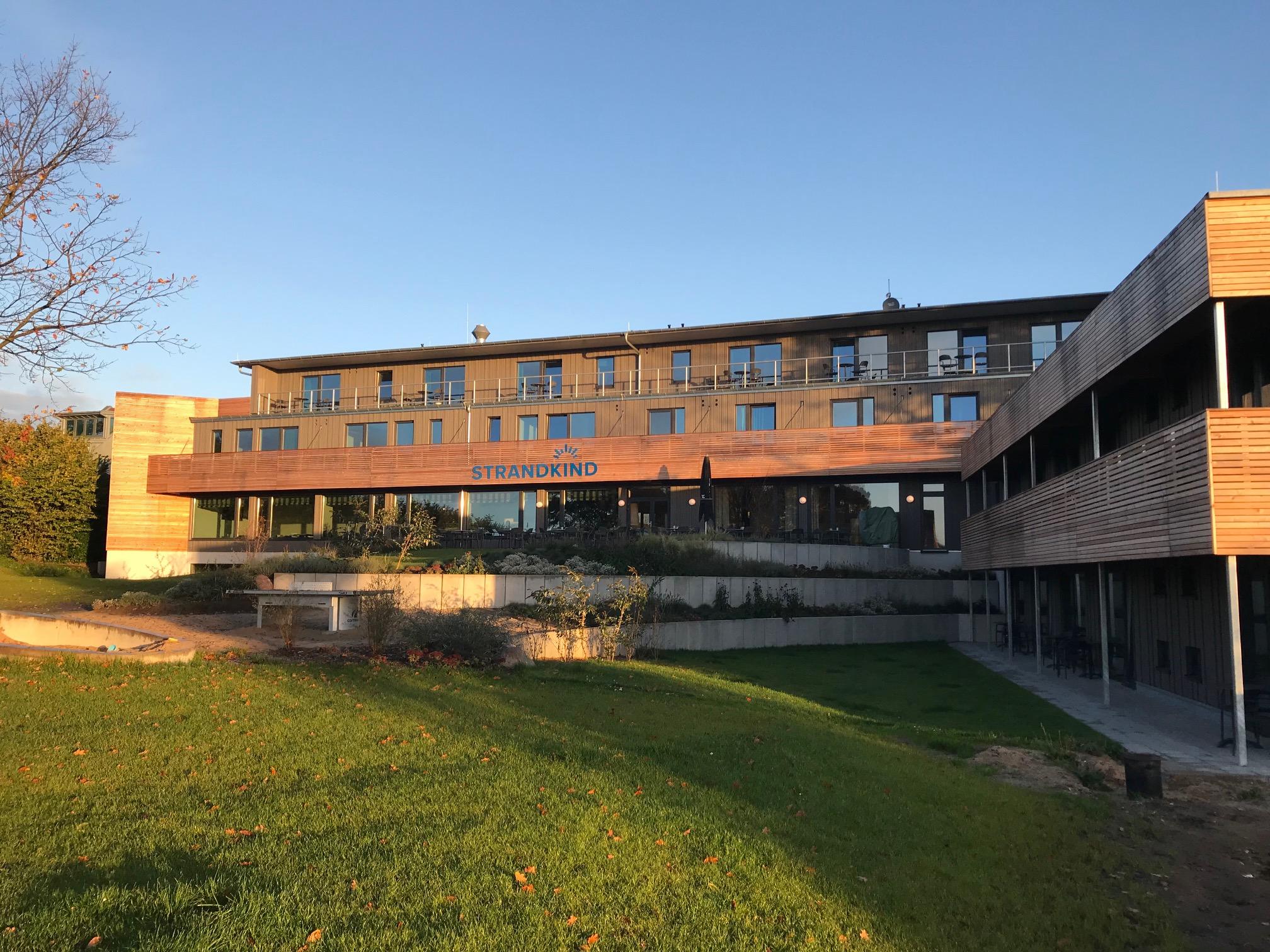 Hotel Strandkind; Familienfreundliches Hotel Ostsee; Hotel Ostsee mit Ausblick; nachhaltiges Hotel Ostsee; Ostsee Familienhotel Lübecker Bucht; Hotel Lübecker Bucht; Urlaub mit Kind Hotel Ostsee; Kurzurlaub mit Kind