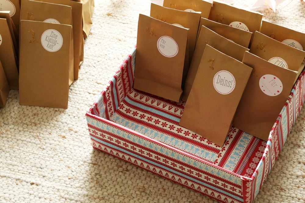 diy adventskalender schnell und einfach selber machen familien und reiseblog ber das reisen. Black Bedroom Furniture Sets. Home Design Ideas