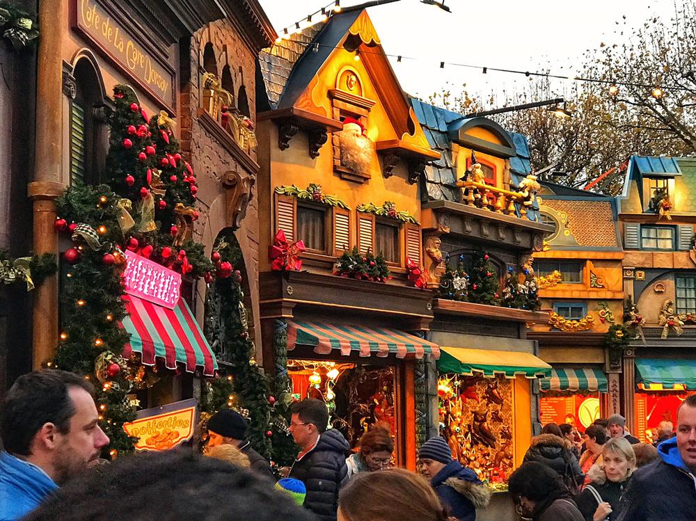 Highlights Weihnachtsmarkt Düsseldorf 2017 - Was sollte man unbedingt gesehen haben. Die besten Attraktionen, Köstlichkeiten und Mitbringsel. Weihnachtsmärkte Innenstadt Düsseldorf 2017