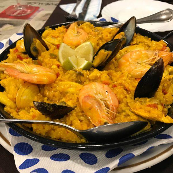 Paella - Urlaub in Las Palmas mit Kind - Aktivitäten Las Palmas - Gran Canaria Sehenswürdigkeiten - Las Palmas Sandstrand - Essen, Restaurants, Übernachten, Tipps Las Palmas Reise auf eigene Faust.