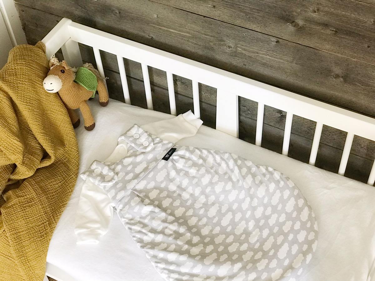 Baby-Erstausstattung Checkliste, Alvi Beistellbett und Alvi Mäxchen Schlafsack