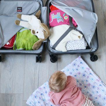 Urlaub mit Baby Tipps – Unsere Reise-Hacks für das Reisen mit Handgepäck.
