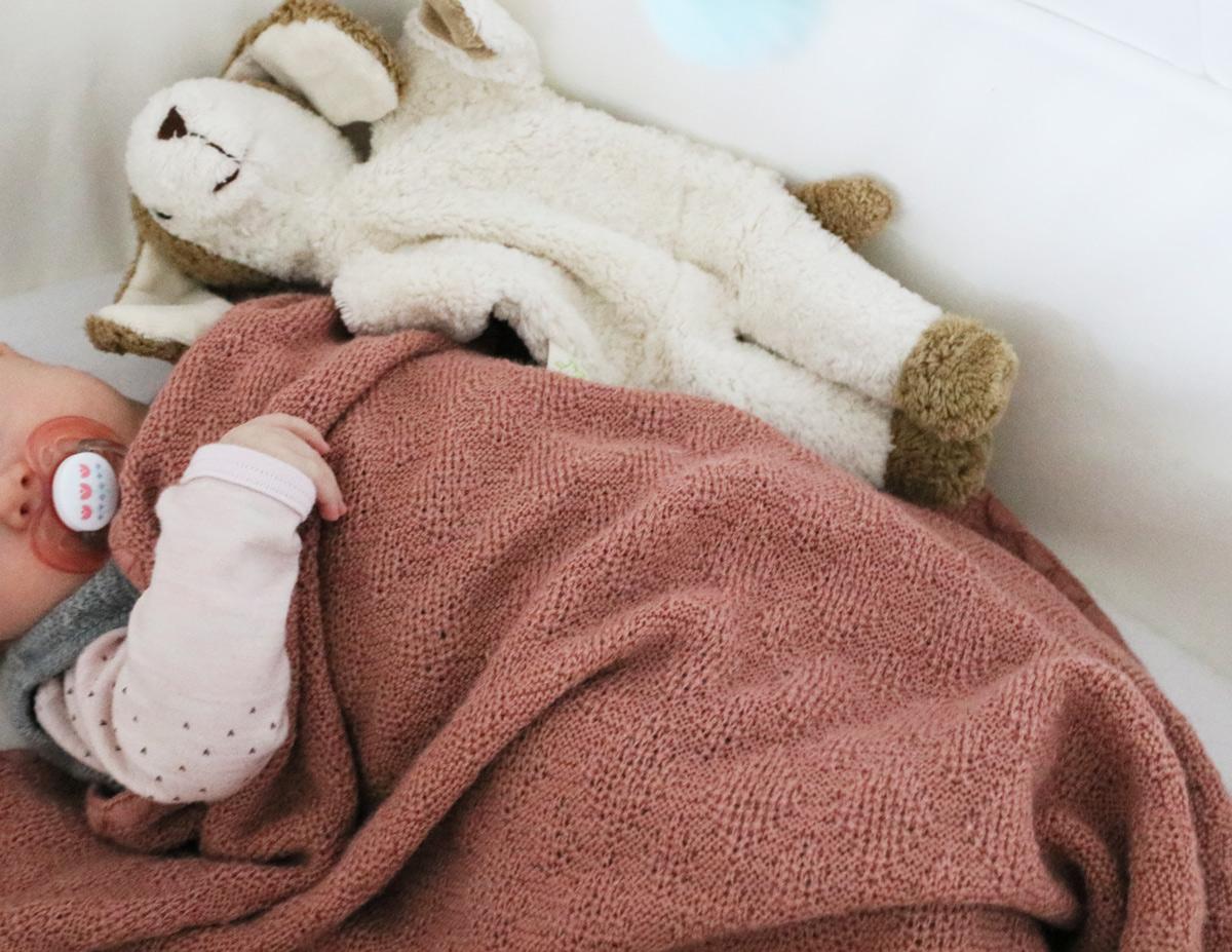 10 nachhaltige und schöne Geschenke für Babys erstes Weihnachten von ...