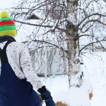 Packliste Skiurlaub mit Kindern – Was muss mit? Was leihe ich lieber vor Ort?