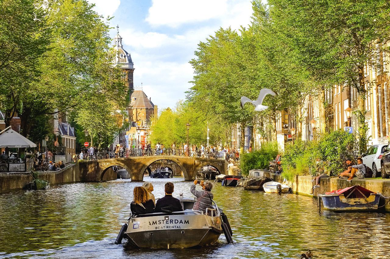 Amsterdam mit Kindern. Tipps, Sehenswürdigkeiten, Aktivitäten und Geheimtipps für Familien in Amsterdam mit Baby und Kind