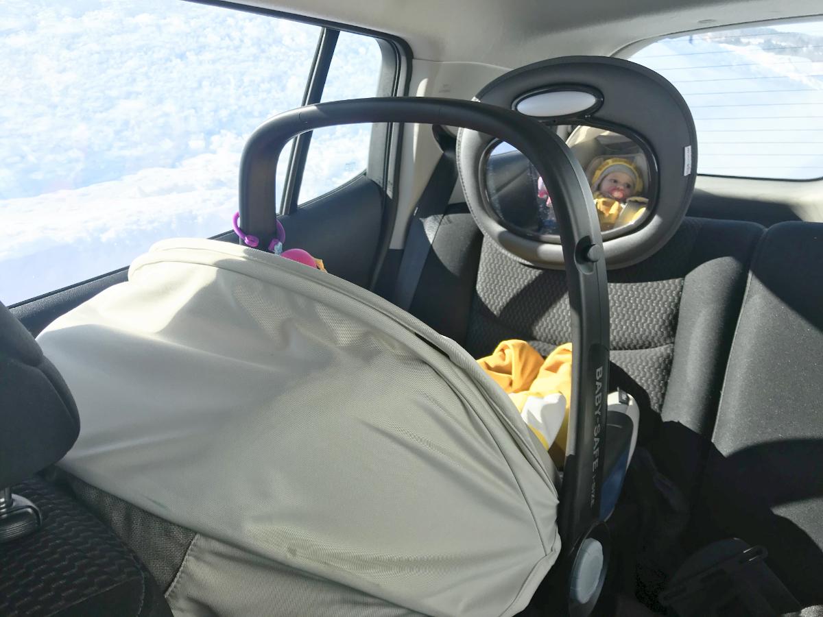 Reisen mit Baby Must-Have´s. Was du unbedingt bei jeder Reise mit Baby und Kleinkind dabei haben solltest. Munchkin Produkte, die das Leben mit Baby leichter machen.