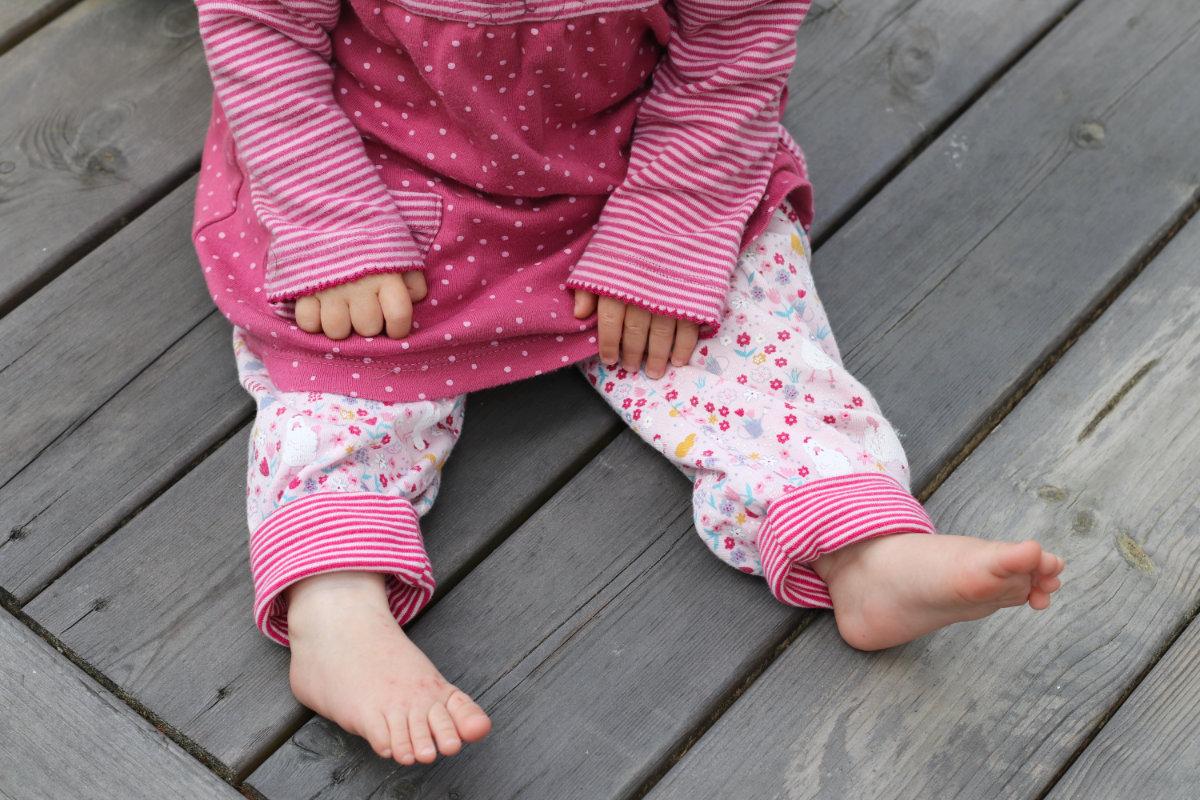 People Wear Organic Bio Baumwolle Kleidung für Babys, Kinder und Damen. Fair Fashion im Kleiderschrank, nachhaltige Kleidung kaufen, Tipps nachhaltig leben. Baby Kleidung Bio