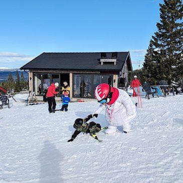 Winterurlaub mit Kindern – Tipps für einen stressfreien Urlaub im Schnee