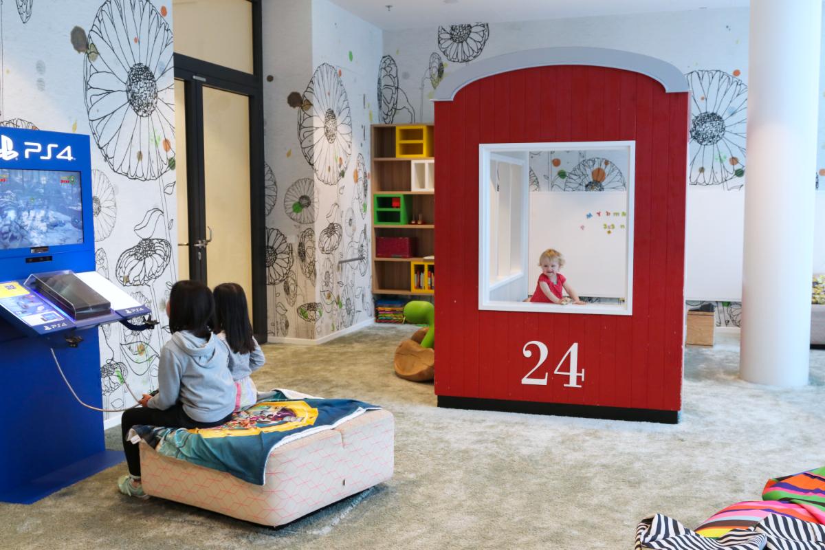 Familienfreundliches Hotel Wien, Wien mit Kindern, Wien mit Baby, Übernachten in Wien mit Kindern, Kinder übernachten gratis, Hotel Novotel Wien Hauptbahnhof