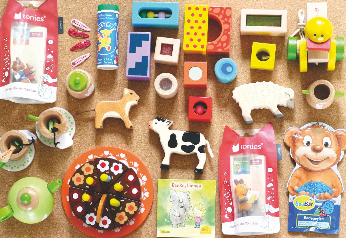 DIY Adventskalender für Kinder selber machen - hochwertige Geschenkideen für den Adventskalender für wenig Geld. DIY Adventskalender Füllung für Kinder günstig kaufen.