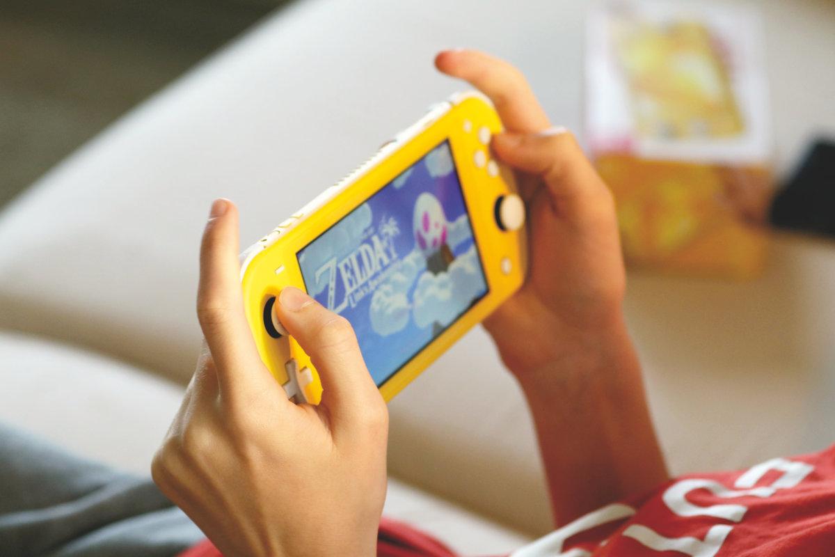 Nintendo Switch Lite - Eine günstige Alternative zu der Nintendo Switch! - Reiseblog - Reisen und Leben mit Kindern