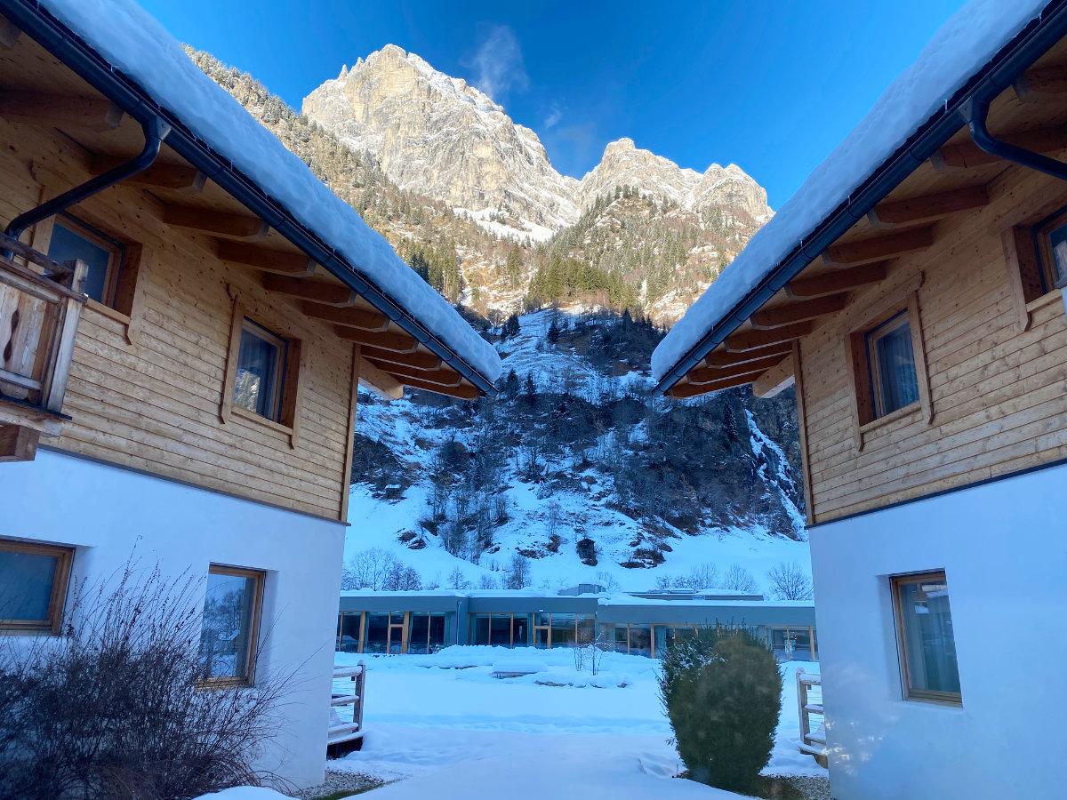 Feuerstein Nature Family Resort - Familienhotel Südtirol Familienzimmer Winterurlaub mit Baby