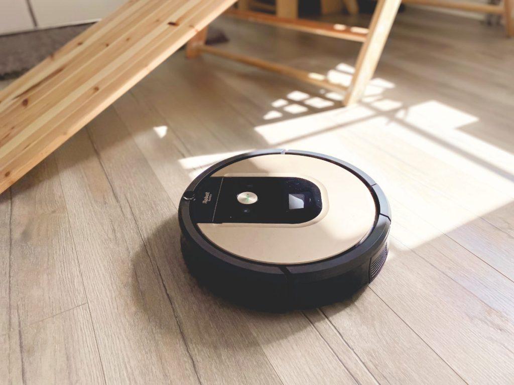 Wie wir unseren Alltag optimiert und Corona-tauglich gemacht haben und über unsere Erfahrungen mit dem Roomba 976 von iRobot.