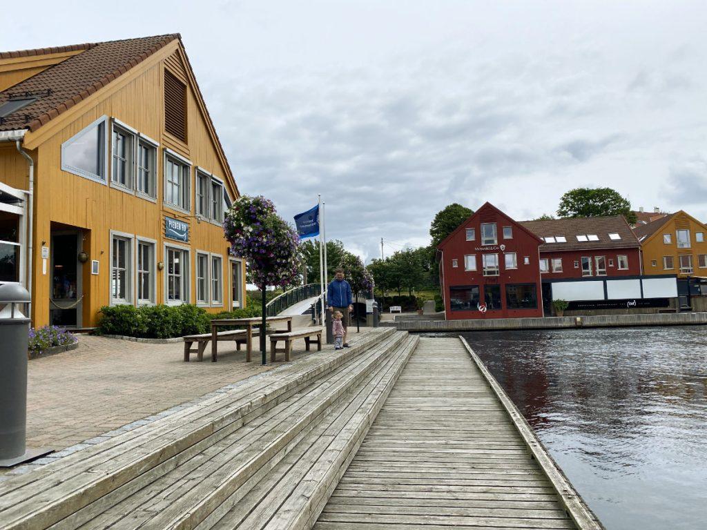Sehenswürdigkeiten, Tipps und Highlights in Südnorwegen mit Kindern. Die schönsten Norwegen Reiseziele im Süden von Kragerø bis Kristiansand.